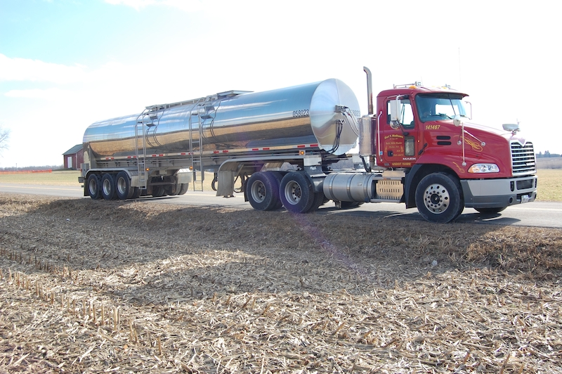 etw hauling want to be a milk hauler here s what it takes